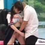 高校生のセーラー服を着た女性とマジセックス!【マジックミラー号-無料動画】