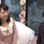 フリル付きの清楚な洋服美女を痴漢w【マジックミラー号-MM号無料動画】