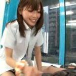 さすがプロのAV女優ww制服JKコスプレで男性を快感の虜にwww【マジックミラー号-MM号無料動画】