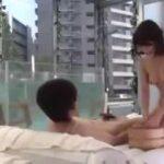 ミラー号で温泉!?お風呂で入浴マットプレイwww【マジックミラー号-MM号無料動画】