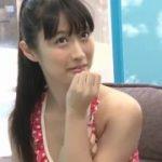 赤い可愛い水着を着た美少女が興奮勃起したペニスをセンズリwww【マジックミラー号-MM号無料動画】