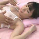 お団子可愛い強烈な美少女がぬれたら透ける下着でびっくりwww【マジックミラー号-MM号無料動画】