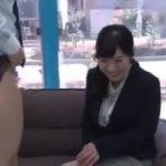 上司と一緒に出演した美少女が泣く泣く男性をフェラしちゃいますwww【マジックミラー号-MM号無料動画】
