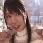 清楚な美女がダブルのペニスをもってダブル手コキwwww【マジックミラー号-MM号無料動画】