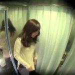 これが噂のエロ車と知らずに乗り込んでしまった美少女が浮気三昧www【マジックミラー号-MM号無料動画】